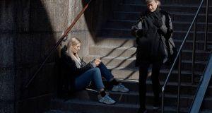 Η «ανοσία της αγέλης» στη Σουηδία: Οικονομική κατρακύλα και χιλιάδες…