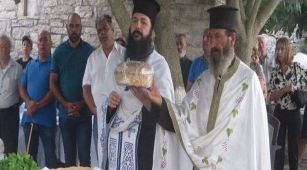 Αμφιλοχία: Εσπερινός στην Εκκλησία της Ιεράς Μονής Παναγίας Αμβρακιώτισσας