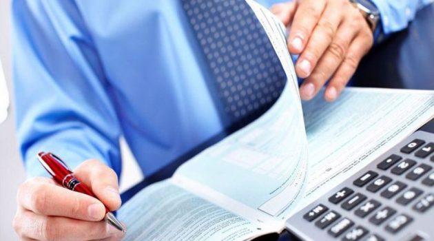 Φορολογικές δηλώσεις 2021: Τα «κλειδιά» που μειώνουν το φετινό φόρο