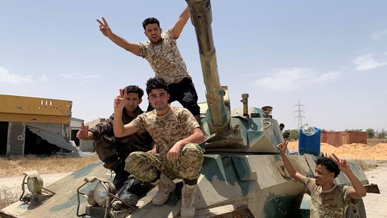 Λιβύη: Πανηγυρίζει ο στρατός του Χάφταρ για τη συμφωνία Ελλάδας – Αιγύπτου