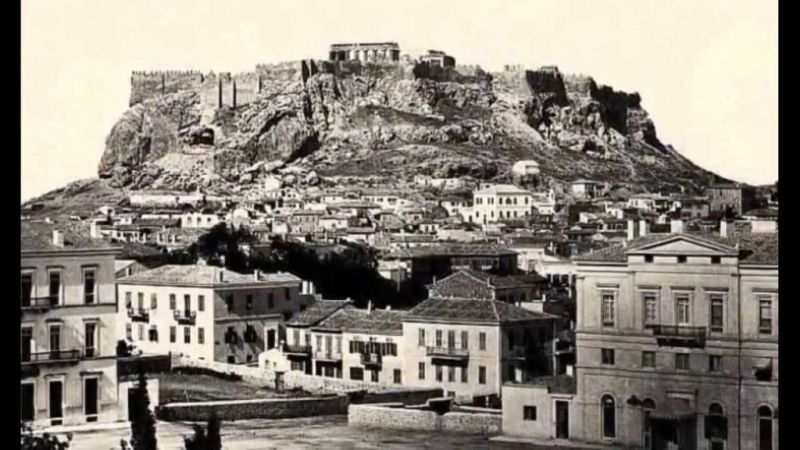 Αθήνα: Μια πρωτεύουσα πυρότουβλο!
