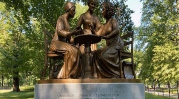 Μνημείο στη Νέα Υόρκη για τρεις πρωτοπόρους των δικαιωμάτων των γυναικών