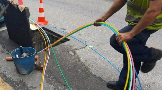 Εργασίες εγκατάστασης δικτύου οπτικών ινών στην πόλη του Μεσολογγίου