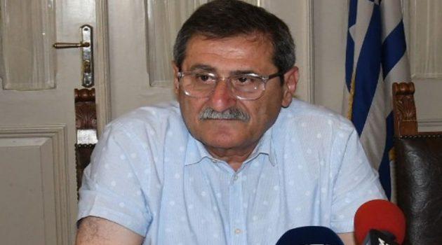 Ο Πελετίδης ζητάει καθαρίστριες για τις σχολικές μονάδες