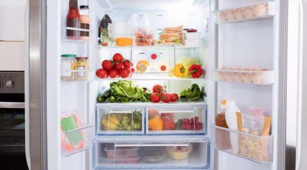 Το πιο βρώμικο σημείο του ψυγείου μας δεν είναι το χερούλι!