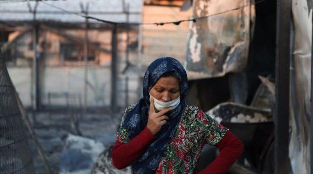 Τραγικές εικόνες στη Μόρια: Χιλιάδες πρόσφυγες κοιμήθηκαν στο δρόμο