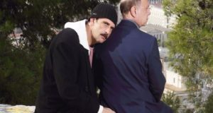 Κηποθέατρο Νίκαιας: Ο Αγρινιώτης Λεωνίδας Κακούρης στον «Κάτω Παρθενώνα»