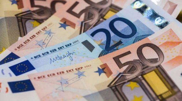Οι «Πρωταθλητές» των αναδρομικών: Ποιος μεγάλος τυχερός παίρνει 11.250 ευρώ