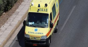 Αγρίνιο: Ηλικιωμένος αποπειράθηκε να αυτοκτονήσει με μαχαίρι κουζίνας