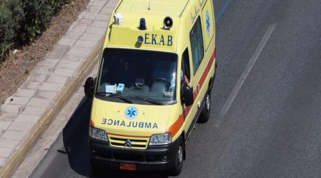 Πλάτανος Ναυπακτίας: Αυτοκίνητο εξετράπη της πορείας του και έπεσε σε πρανές (Video)