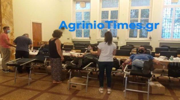 Αγρίνιο: Μεγάλη η προσέλευση στην Εθελοντική Αιμοδοσία (Photos)