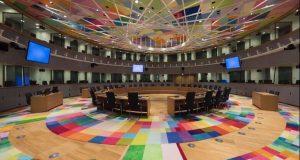 Κομισιόν: Εγκρίθηκε πρόγραμμα 1,5 δισ. ευρώ για στήριξη μικρομεσαίων