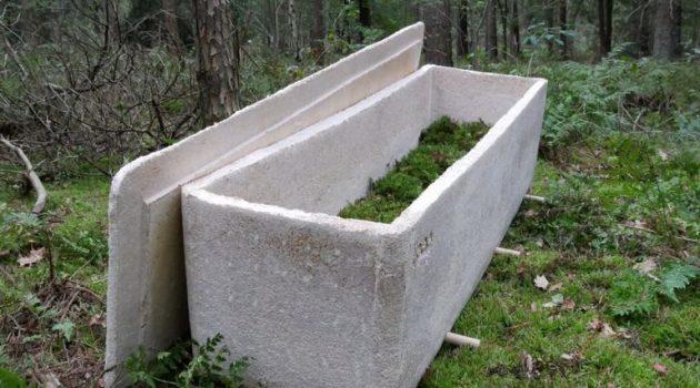 Στην Ολλανδία η πρώτη κηδεία με «ζωντανό» φέρετρο