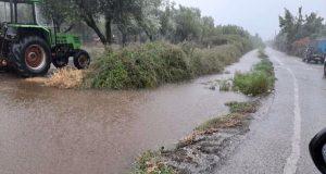 Καινούργιο: Προσοχή πλημμύρισε το αρδευτικό κανάλι στο περιφερειακό δρόμο (Photos)