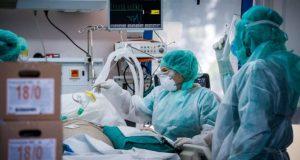 Κορωνοϊός: Από τι πάσχουν πολλοί ασθενείς που καταλήγουν στις Μ.Ε.Θ.