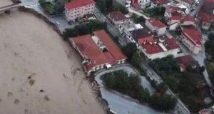 Μουζάκι: Καταστράφηκε το Κ.Υ. – Έπεσε γέφυρα, διαλύθηκαν δρόμοι (Video)