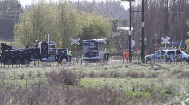 Νέα Ζηλανδία: Σύγκρουση σχολικού λεωφορείου με τρένο