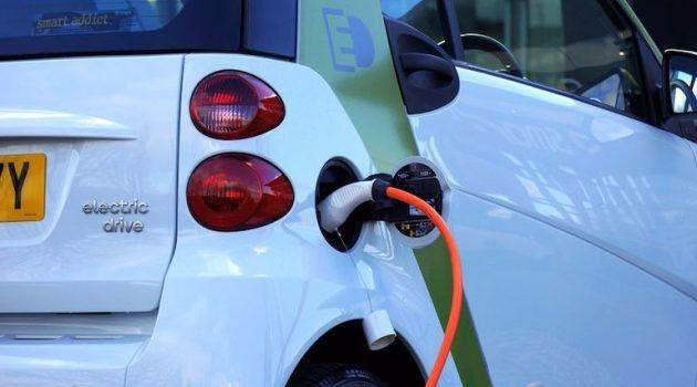 «Πάτησαν γκάζι» οι πωλήσεις ηλεκτρικών αυτοκινήτων τον Αύγουστο