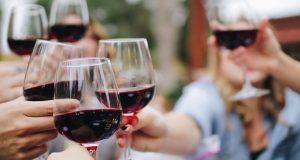 Προβληματισμός από την πτώση στην κατανάλωση οίνου