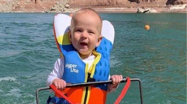 Η.Π.Α.: «Θύελλα» αντιδράσεων για βρέφος που κάνει σκι σε λίμνη