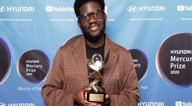Ο Michael Kiwanuka κέρδισε το εφετινό μουσικό Βραβείο Mercury