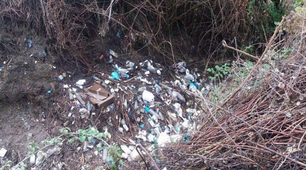 Μεσολόγγι: Καθαρισµό τµήµατος αύλακα ζητούν οι κάτοικοι