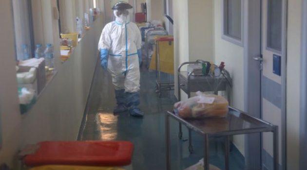 Κορωνοϊός: Τρεις νεκροί σε λίγες ώρες – Στα 412 τα θύματα