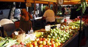 Δ. Αγρινίου: Οι παραγωγοί – πωλητές στη Λαϊκή Αγορά της…