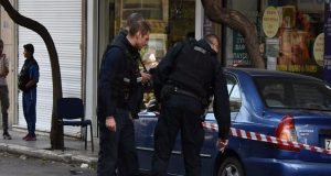 Πυροβολισμοί στο κέντρο της Αθήνας – Ένας τραυματίας (Video)