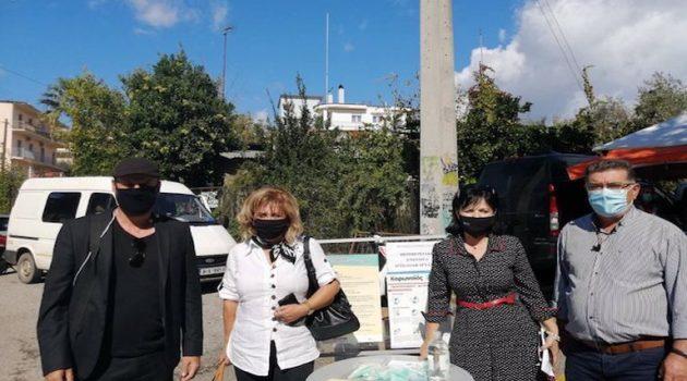Διανομή μασκών και ενημερωτικού υλικού από την Μαρία Σαλμά στη Λαϊκή Αγορά Αγρινίου