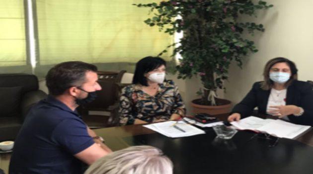 Συνάντηση της Μαρίας Σαλμά με τον Σύλλογο Βενζινοπωλών