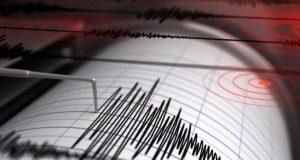 Ισχυρή σεισμική δόνηση αναστάτωσε τους κατοίκους του Αγρινίου (Photos)