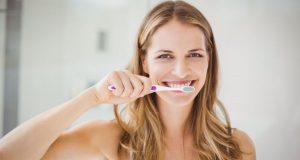 Στοματική υγιεινή: Τα συνηθισμένα λάθη στο πλύσιμο των δοντιών