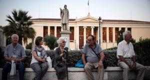 Αναδρομικά συνταξιούχων: «Κλείδωσαν» οι ημερομηνίες