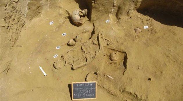 Σημαντική ανακάλυψη στη νεκρόπολη της Τραπεζάς Αιγίου (Photos)