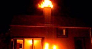 Αγρίνιο: «Άρπαξε» φωτιά καμινάδα – Άμεση κινητοποίηση της Π.Υ.