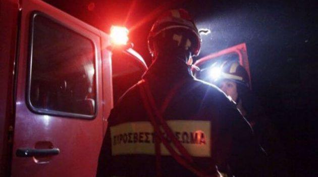 Αγρίνιο: Φωτιά στην αποθήκη του 4ου Γυμνασίου κινητοποίησε άνδρες της Π.Υ.