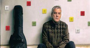 Γ. Δημητριάδης: Ξορκίζει την πανδημία με το νέο τραγούδι «Όλοι…