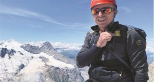 Ελληνας ορειβάτης στα Ιμαλάια για ρεβεγιόν