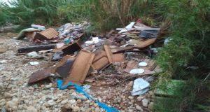 Καινούργιο Αγρινίου: Ασυνείδητοι καταστρέφουν περιβάλλον και ιδιοκτησίες (Photos)