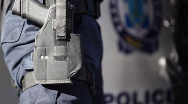 Εκπυρσοκρότησε όπλο αστυνομικού στου Ρέντη – Νεκρή η σύζυγός του