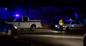 Θρίλερ με νεκρό στα Καλύβια: Άνδρας αυτοκτόνησε μπροστά σε αστυνομικούς