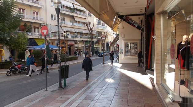 Άλλη πόλη το Αγρίνιο – Άδειοι δρόμοι, άδεια μαγαζιά… μια ερημιά