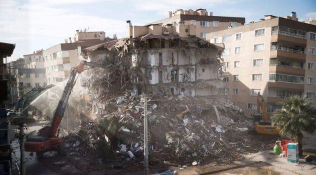Σεισμός: Στους 92 οι νεκροί στη Σμύρνη