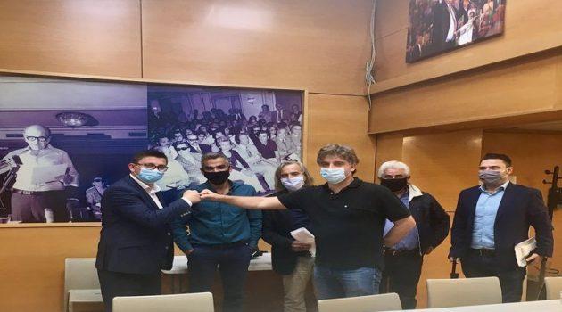 Συνάντηση Τριανταφυλλάκη με αντιπροσωπεία του ΚΙΝ.ΑΛ. για την επέκταση των ιχθυοκαλλιεργειών