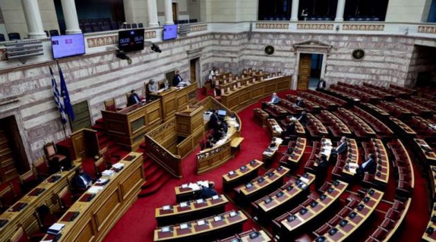 Νομοσχέδιο Εργασίας: Άγρια κόντρα στη Βουλή