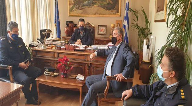 Αγρίνιο: Σύσκεψη Παπαναστασίου – Καρβέλη – Γαλαζούλα για τη  λειτουργία του Νοσοκομείου