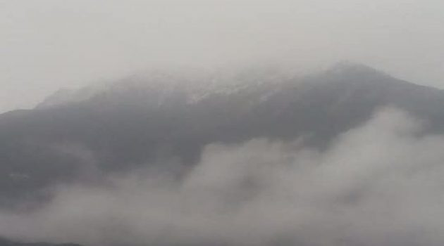Oρεινή Ναυπακτία: Έπεσαν τα πρώτα χιόνια (Photos)