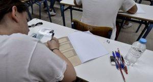 Πανελλαδικές: Τα μαθήματα, το μηχανογραφικό και οι βάσεις