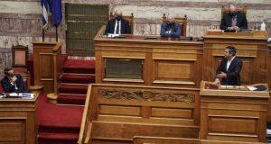 Συζήτηση στη Βουλή για τα φαινόμενα αδιαφάνειας ζητάει ο Τσίπρας